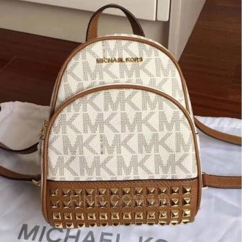 Женский рюкзак Michael Kors Abbey Signature Studded Backpack (5758) реплика